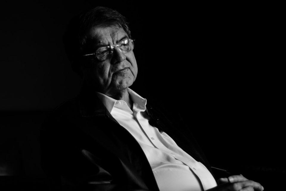 """SERGIO RAMÍREZ: """"La ficción se construye sobre un piso, el piso de la realidad"""""""