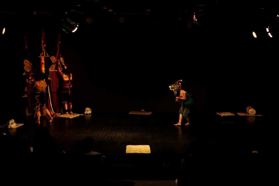 Teatro por mujeres Ajchowen